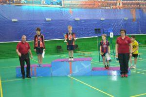 dush2-vo-news-2016-04-27-badminton-1